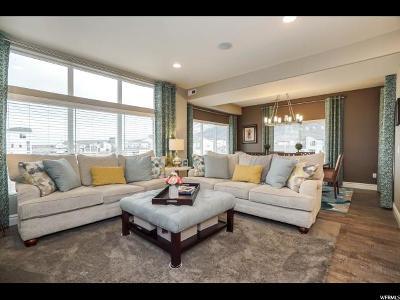 Farmington Single Family Home For Sale: 10 S Rio Grand Ave