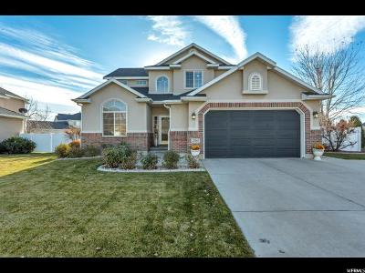 Layton Single Family Home For Sale: 2789 N Hills Dr E