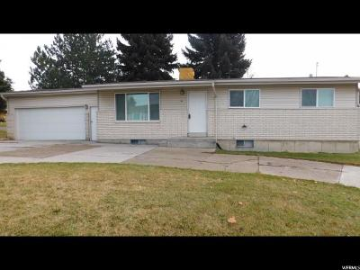 Smithfield Single Family Home For Sale: 596 E 300 S