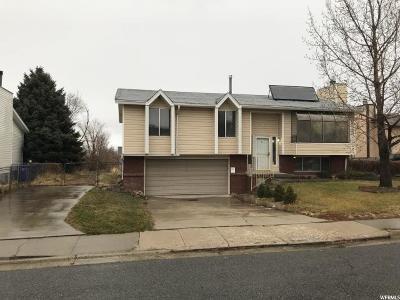 Tooele Single Family Home For Sale: 586 W Havasu St N