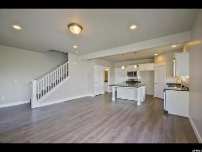 Eagle Mountain Townhouse For Sale: 3848 E Cunninghill Dr
