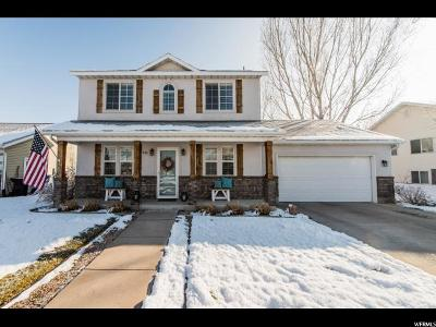 Smithfield Single Family Home For Sale: 678 S Legend Dr