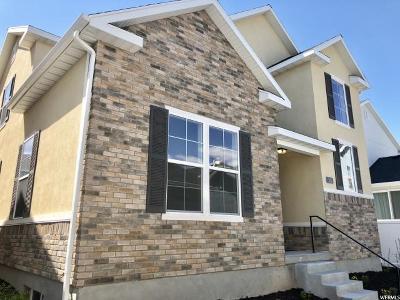Riverton Single Family Home For Sale: 2111 W Kimber Ln S #34