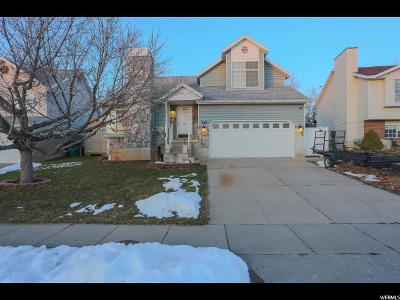 Layton Single Family Home For Sale: 1136 W 2600 N