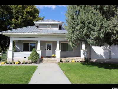 Smithfield Single Family Home For Sale: 395 W 200 N
