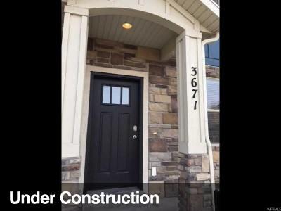 Eagle Mountain Townhouse For Sale: 3671 E Quartz Creek Ln