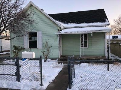 Midvale Single Family Home For Sale: 643 W Fifth Ave S