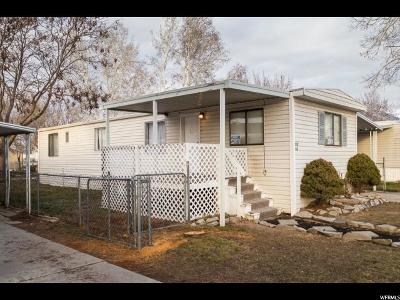 Sandy Single Family Home For Sale: 231 E Crescentwood Dr S