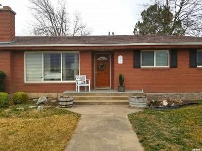 Kaysville Single Family Home For Sale: 577 N Flint St