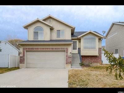 Farmington Single Family Home For Sale: 1078 W 900 N