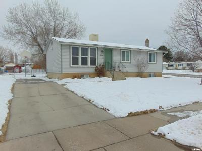 Clinton Single Family Home For Sale: 1214 N 700 W