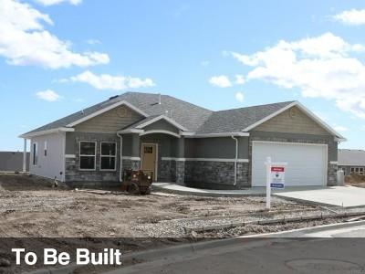 Tremonton Single Family Home For Sale: 2743 W Legend Dr
