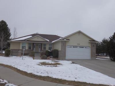 South Jordan Single Family Home For Sale: 3848 W Millford Cv