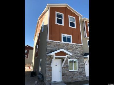 Herriman Townhouse For Sale: 14427 S Abbey Bend Ln