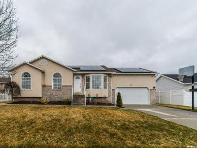 South Jordan Single Family Home For Sale: 4246 W Ascot Downs Dr S