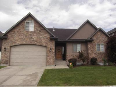 South Jordan Single Family Home For Sale: 10747 S Sienna Dune Dr