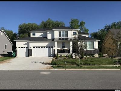Layton Single Family Home For Sale: 727 W Abbey Way