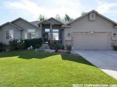 Herriman Single Family Home For Sale: 14147 S Crown Rose Dr