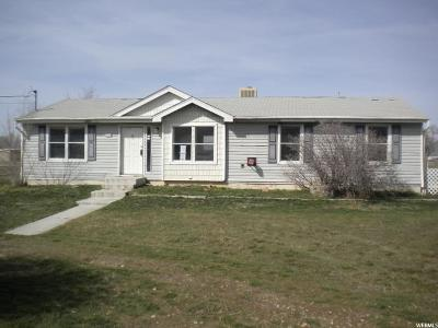Goshen Single Family Home For Sale: 40 W 200 N