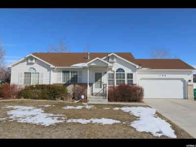 Layton Single Family Home For Sale: 1186 N 2525 W
