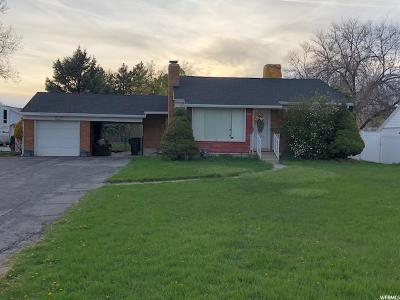 Murray Single Family Home For Sale: 5360 S Avalon Dr E