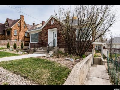 Hyde Park Single Family Home For Sale: 220 E 100 N