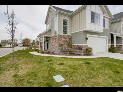 Riverton Townhouse For Sale: 1901 W Park Heights Dr