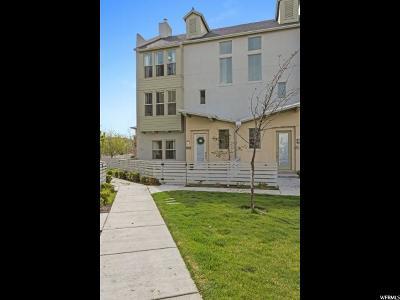 South Jordan Townhouse For Sale: 11381 S Oakmond Rd