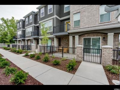 Riverton Townhouse For Sale: 1784 W Torlundy Ln #53