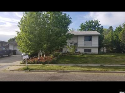 Clinton Single Family Home For Sale: 914 W 2550 N