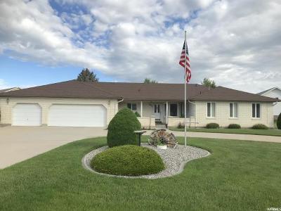 Preston Single Family Home For Sale: 861 N Fairway Dr. E