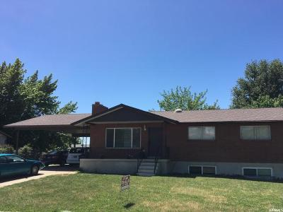 Clinton Single Family Home For Sale: 1541 N 550 W