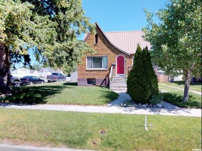 Preston Single Family Home For Sale: 196 W Oneida