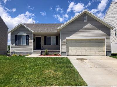 Saratoga Springs Single Family Home For Sale: 58 N Kintail St E
