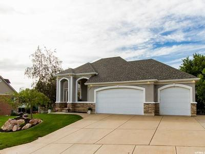 Layton Single Family Home For Sale: 1501 E Beechwood Dr