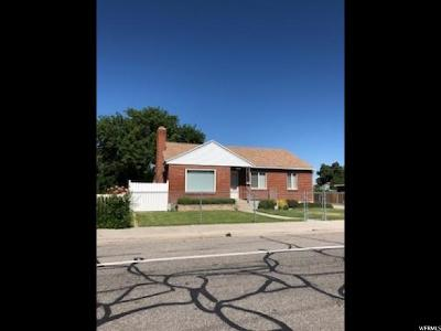 Sandy Single Family Home For Sale: 9134 S 300 East St E