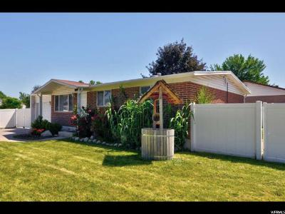 Sandy Single Family Home For Sale: 10495 S White Sands Dr E