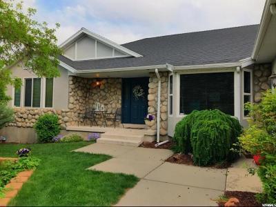 Sandy Single Family Home For Sale: 11714 S Gamble Oak Cir E
