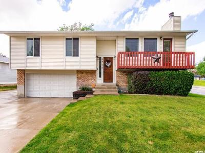 South Jordan Single Family Home For Sale: 9798 S Yorkshire Dr