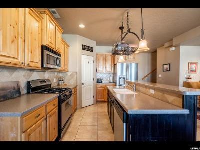 Salem Townhouse For Sale: 623 N 220 E