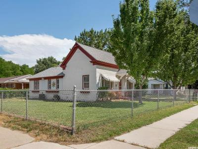Single Family Home For Sale: 390 N 200 E