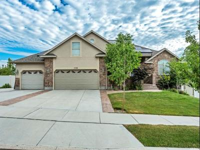 Herriman Single Family Home For Sale: 5704 W Muirwood Dr S