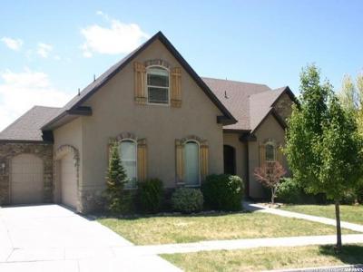 Cedar Hills Single Family Home For Sale: 10413 N Avondale Dr W