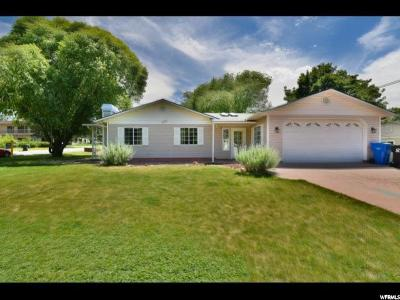 Cottonwood Heights Single Family Home For Sale: 6920 S Brookhill Dr