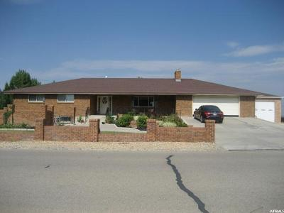 Wellington UT Single Family Home For Sale: $389,000