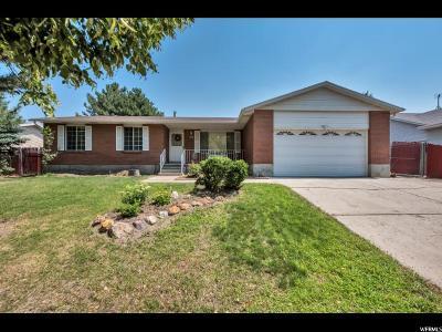 Sandy Single Family Home For Sale: 11265 Bell Ridge Dr