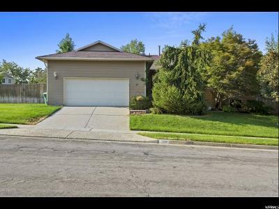 Sandy Single Family Home For Sale: 1332 E Knollwood Dr S