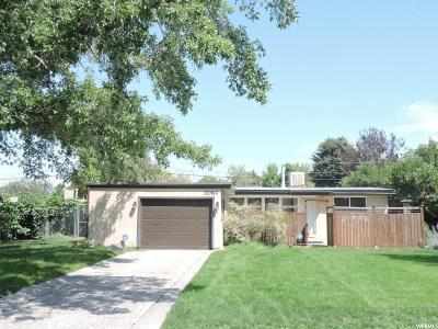 Cottonwood Heights UT Single Family Home For Sale: $324,500