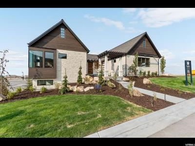 Herriman Single Family Home For Sale: 4912 W Ridge Rock Cir S
