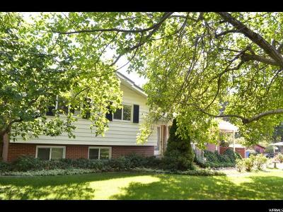 Kaysville Single Family Home For Sale: 674 E 200 N
